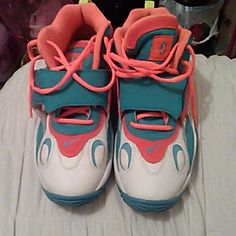 Sneakers Like New. Only worn once Nike Shoes Sneakers