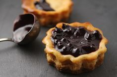 Mini blackcurrant cheesecakes with a ginger coconut crust