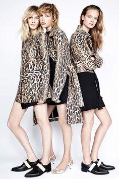 Tendencia dress for less estampado de leopardo: El lookbook de Zara