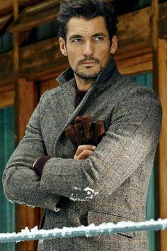 Another from Marks and Spencer's M&S Collection F/W 2014 - http://www.marksandspencer.com/leather-gloves/p/p22321471 - http://www.marksandspencer.com/big-and-tall-pure-wool-tailored-fit-harris-tweed-herringbone-jacket/p/p22322001 — com Larry King.