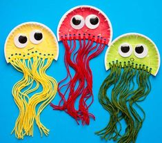 Jellyfish Kids, Paper Plate Jellyfish, Colorful Jellyfish, Paper Plate Fish, Colorful Fish, Tropical Fish, Paper Plates, Beach Crafts For Kids, Paper Plate Crafts For Kids