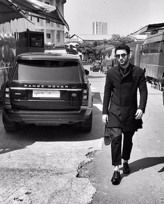 """33.2k Likes, 503 Comments - Ranbir Kapoor (@ranbirkapoor) on Instagram: """"Have a good day all!"""""""