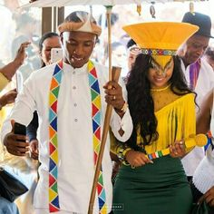 Wedding Dresses South Africa, African Wedding Theme, African Print Wedding Dress, African Wedding Attire, Zulu Traditional Wedding Dresses, Zulu Traditional Attire, African Fashion Traditional, Latest African Fashion Dresses, African Men Fashion