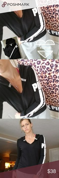 Nwot, vs pink logo tunic New with out the tags but never worn. So no flaws at all. Had logo down the arm and a cut v-neck. Size small. pink Sweaters