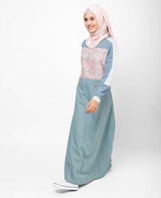 22 Ideas Sport Chic Dress Jackets For 2019 Abaya Fashion, Modest Fashion, Muslim Women Fashion, Womens Fashion, Modele Hijab, Jacket Dress, Dress Jackets, Hijab Chic, Sport Chic