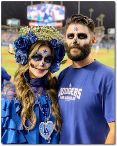 Sacred Heart Dia De Los Muertos Costume - The Beautifulcircus.com Let's Go Dodgers, Halloween Party, Halloween Costumes, Rose Crown, I Love La, Sugar Skulls, Barbie Dress, Sacred Heart, Day Of The Dead
