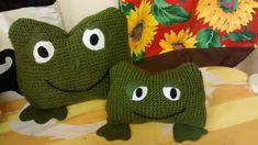 Poduszki żabki, wykonane z wełny. Projekt i pomysł oryginalny ;)