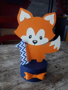Fox table center Here colors orange and midnight blue Customizable on the theme and color . Boys 1st Birthday Party Ideas, Wild One Birthday Party, Baby First Birthday, Bebe Love, Fox Party, Birthday Party Centerpieces, Happy B Day, Baby Crafts, Stuffed Toys Patterns
