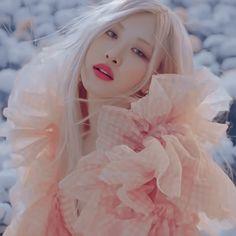 Rose Photos, Blackpink Photos, Foto Rose, Blackpink Icons, Black Pink Dance Practice, Rose Icon, Rose Park, Black Pink Kpop, Cute Korean Girl