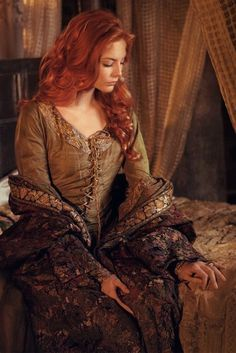 Lady Janeth look Story Inspiration, Character Inspiration, Poses, Foto Fantasy, Beautiful Redhead, Medieval Fantasy, Female Characters, Redheads, Photoshoot