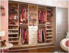 How to Design a Kid to Teen Closet Solutions - California Closets Pink Closet, Little Girl Closet, Closet Bedroom, Girls Bedroom, Bedroom Ideas, Master Closet, California Closets, Ideas De Closets, Closet Ideas