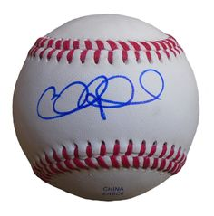 Chicago Cubs Chris Coghlan signed Rawlings ROLB leather baseball w/ proof photo.  Proof photo of Chris signing will be included with your purchase along with a COA issued from Southwestconnection-Memorabilia, guaranteeing the item to pass authentication services from PSA/DNA or JSA. Free USPS shipping. www.AutographedwithProof.com is your one stop for autographed collectibles from Chicago sports teams. Check back with us often, as we are always obtaining new items.