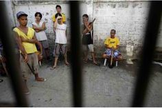 Riot Kills 4 In Philippine Jail The 4, Crime, Crime Comics