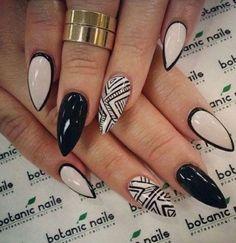 stiletto_nail_designs_1