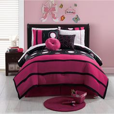 @Overstock - A unique pink and black design adorns this bold and bright bed in a bag set. The set is composed of machine washable polyester and features all the bedding needed to dress up a bed and mattress.http://www.overstock.com/Bedding-Bath/Amber-10-piece-Bed-in-a-Bag-with-Sheet-Set/6975558/product.html?CID=214117 $69.99