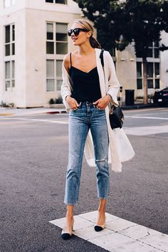 Cute outfit idea to copy ♥ For more inspiration join our group Amazing Things ♥ You might also like these related products: - Jeans ->. Kimono Outfit, Outfit Jeans, Black Cami Outfit, Kimono Style, Black Blouse, Black Women Fashion, Look Fashion, Womens Fashion, Mode Outfits