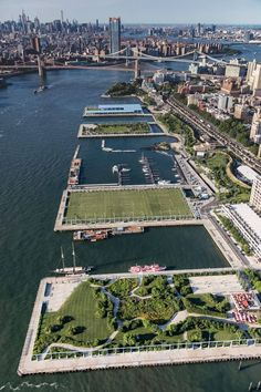 59 Ideas For Landscape Architecture Waterfront New York City Skylines Game, Places To Travel, Places To Go, Parks, Voyage New York, Upstate New York, New York Travel, Urban Landscape, Landscape Architecture