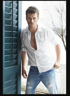 Kivanç Tatlitug Actor Model Mavi Jeans Ripped Button Fly White Shirt Open Buttons Balcony Sexy Best Looking Hot  Blue Door