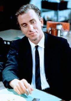 Tim Roth Reservoir Dogs | 1992 the scene in the train station restroom was a classic!