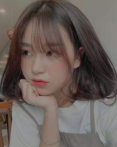 Aegyo >°< by girl girl Pretty Korean Girls, Korean Beauty Girls, Cute Korean Girl, Asian Girl, Ulzzang Short Hair, Korean Short Hair, Ulzzang Korean Girl, Ullzang Girls, Korean Girl Photo