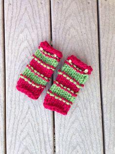 Festive knitted leg warmersnewborn size by mandag433 on Etsy, $12.00