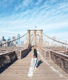 """45.2k Likes, 518 Comments - Leonie Hanne (@ohhcouture) on Instagram: """"Always the tourist when in NY. Quick stop at the Brooklyn Bridge, wearing my Sylvie bag by…"""""""