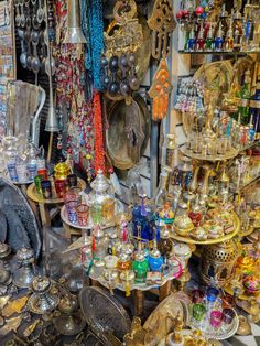 Shopping in the Souk | Marrakesh Medina | 17 experiences in Morocco - Get Lost With Jackie | 17 Experiences to have in Morocco | Things to do in Morocco | Morocco Bucket List | What to do in Morocco | Moroccan Experiences | The intoxicating aromas of cumin and mint lingering in the air, the echo of the call to prayer cascading over the cities, the melody of French, Arabic, Berber and Spanish (all from the mouths of locals) harmonizing as if they were one language… simply walking the streets…