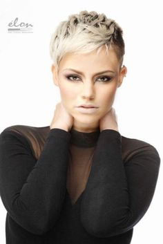 Favorite Pixie Hairstyles Ideas (18)