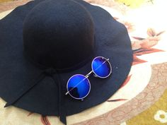 Hoje é dia de #sunglasses Emblem Eyewear no Blog, corre lá pra conferir tudinho de perto. http://jeanecarneiro.com.br/emblem-eyewear-sunglasses/ #emblemeyewear #sunglass #sun #glasses #oculosdesol #moda #estilo #style #fashion #viciadaemoculos #blogger #blogueira #blogueirabaiana #EELennon #EEHalfCat #EERoundHorn