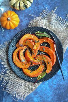Potimarron rôti aux épices douces - Les recettes de Juliette Veggie Recipes, Healthy Recipes, Veggie Food, Salty Foods, Juliette, Shrimp, Food And Drink, Veggies, Vegan