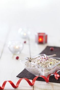 Sienisalaatti Green Eggs, Tapas, Table Decorations, Eat, Christmas, Food, Night, Xmas, Essen