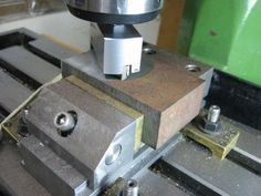 carbide insert fly cutter.  looks a lot easier to make than a standard one, might actually try making one.