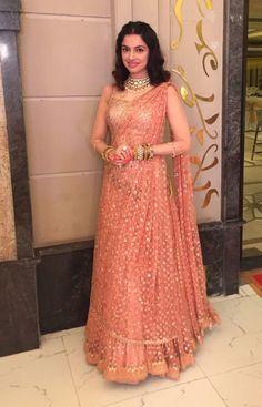 Divya Khosla Kumar Looks Pretty Desi In Pink!