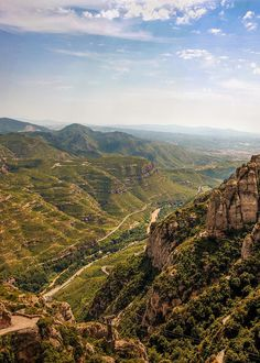 Montserrat, Spain - a must see! Great Places, Places Ive Been, Beautiful World, Beautiful Places, Travel Around The World, Around The Worlds, Places To Travel, Travel Destinations, Moon Hotel
