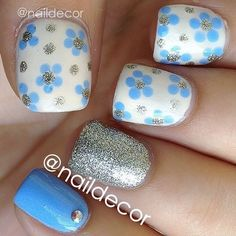 cute and easy blue flower and glitter nail design nails www.finditforweddings.com Nail Art