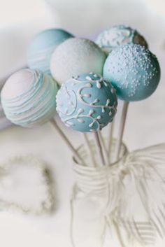 Baby Shower Party Sweets & Treats : decorate your cupcakes, cake pops, brownies, meringues, truffles - pastel blue