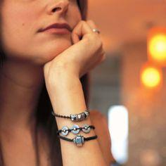 Modern-day Macramé Bracelet from AlternaCrafts by Jessica Vitkus