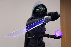 I only had 2 weeks to put together my Halloween costume this year and I really wanted to do a hunter from Destiny, so the crunch began. Cosplay Helmet, Cosplay Armor, Cosplay Diy, Cute Cosplay, Cosplay Costumes, Destiny Fallen, Destiny Ii, Destiny Game, Anime Couples Manga