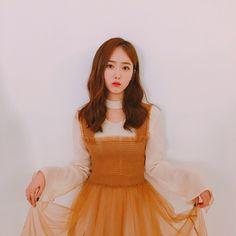 Goddess like SinB Kpop Girl Groups, Korean Girl Groups, Kpop Girls, Sinb Gfriend, G Friend, Ulzzang Girl, South Korean Girls, Girl Crushes, My Girl