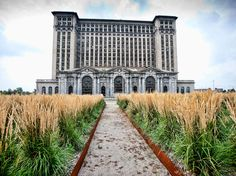 Detroit is well known as a haven for photographing urban ruins, but rarely are any of the most intriguing sites safe or legal to visit. An exception is the towering Michigan Central Station, which was open for regular train service from 1914 through 1988, but now sits derelict behind barbed wire. The Beaux-Arts structure, designed by the same architectural firms as New York's Grand Central Terminal, may only be viewed from the exterior. Recent years have brought rumors of restoration; thanks to volunteers from Wayne State University, the station's front yard is landscaped and welcoming of photographers. Detroit, #Michigan #iGottaTravel