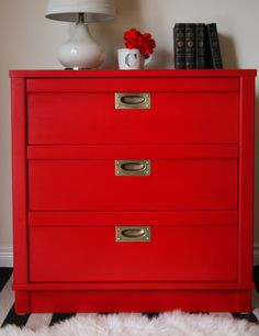 "Charming campaign style nightstand refinished by Christina at Phoenix Restoration using Holiday Red Milk Paint! ""General Finishes offers the PERFECT shade of red called ""Holiday Red"". Bedroom Red, Woman Bedroom, Trendy Bedroom, Bedroom Decor, Master Bedroom, Bedroom Ideas, Red Nightstand, Old World Furniture, Quartos"
