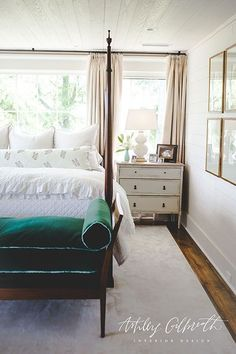 A luxurious contrast is added to a cottage themed bedroom with a vintage green velvet bench at the foot of a four poster bed. Dream Bedroom, Home Bedroom, Master Bedroom, Bedroom Decor, Bedroom Ideas, Bedroom Curtains, Girls Bedroom, Home Interior, Interior Design