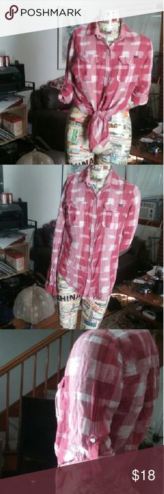 RVCA Plaid Print Button-up Shirt Snap western-style buttons. Two front breast pockets. Long sleeves with a snap feature if you wish to roll the sleeves up. Lightweight, woven material. Cute red plaid print. Hardly worn. RVCA Tops Button Down Shirts
