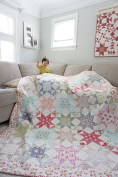 = free pattern = La Conner Stars quilt by Quilting in the Rain
