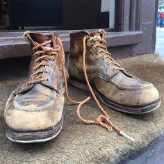 In serious need of some tlc after 10 years heavy wear but beautiful nonetheless. The classic 875. #875 #redwing #redwings #redwingshoes #redwinglondon #madeinusa #london #usbootsfreak #newburghstreet #sunday