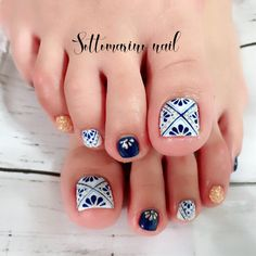 Nails Summer Colors Toes 29 New Ideas Nails Summer Colors Toes 29 New Ideas Pedicure Nail Art, Toe Nail Art, Diy Nails, Pedicure Ideas, Pedicure Colors, Summer Pedicure Designs, Navy Nail Art, Pretty Toe Nails, Fancy Nails