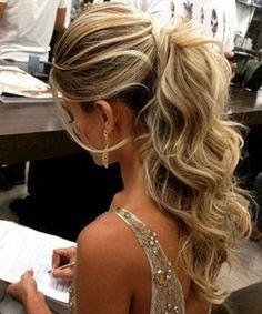 Magníficos peinados de bodas largos 2019 personas que piensan en volar # Soplar #friedad #bodas #largos #magnificos #peinados #personas #piensan #volar Long Hair Wedding Styles, Wedding Hairstyles For Long Hair, Wedding Hair And Makeup, Up Hairstyles, Wedding Ponytail Hairstyles, Bridal Ponytail, Long Prom Hair, Gorgeous Hairstyles, Bridesmaid Hair Ponytail