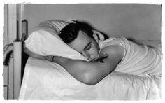 How to fall asleep when you have lower back pain. Great tips for chronic pain sufferers who struggle with getting to sleep, insomnia due to their back pain. Chronic Illness, Chronic Pain, Fibromyalgia, Chronic Fatigue, Why Do People, People Talk, Sleep Talking, Low Back Pain, Lyme Disease