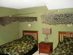 Nice Army Bedroom Décor With Wooden Cots
