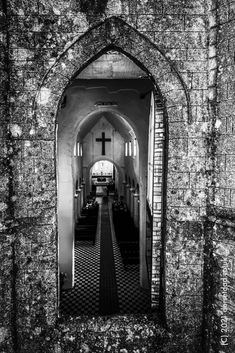This is from a model village located in Wimborne Minster. If you have children, this is a fantastic day out. #blackandwhite #photography #photooftheday #blackandwhitephotography #monochrome #daysout #dorset
